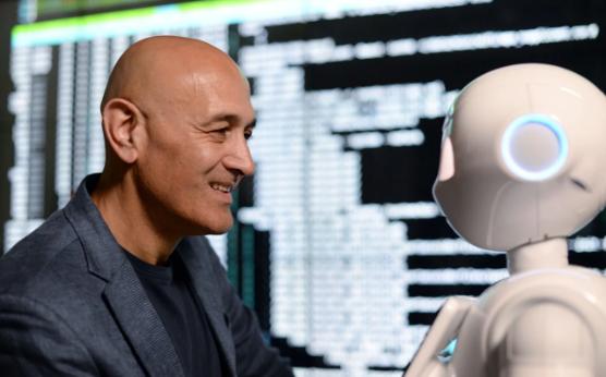 Jim Al-Khalili 教授:相比恐怖主义,人工智能更可怕!