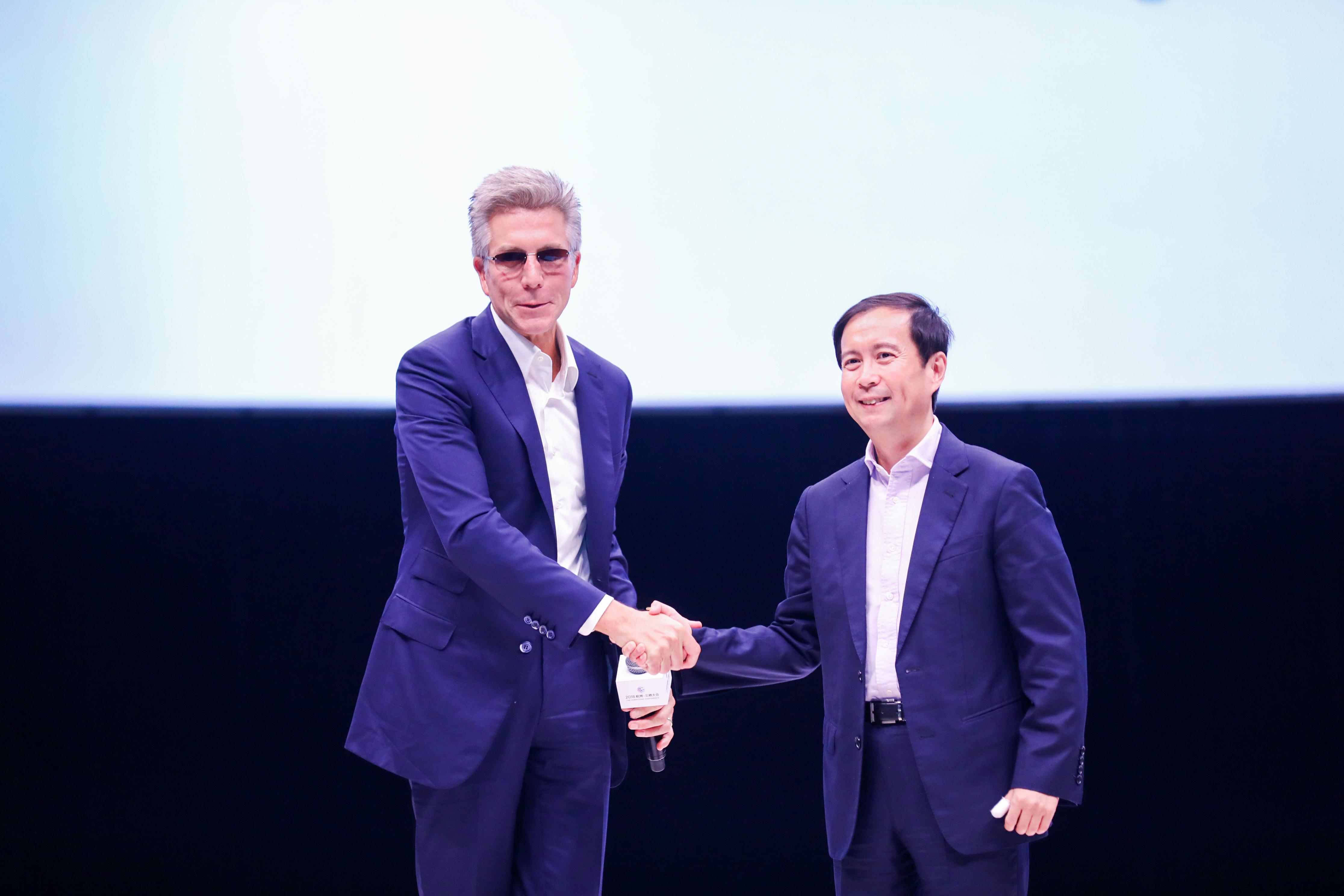 """如何看阿里和SAP战略合作的""""再升级""""?"""