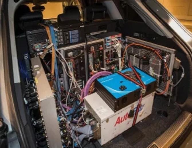 进博会上戴尔的这辆小车不简单,CCTV来采访它了