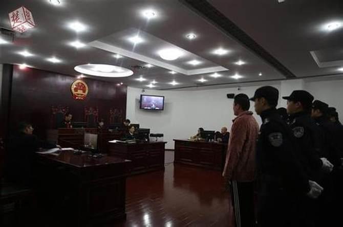 """武汉首例""""校园贷"""" 法院以敲诈勒索罪判决!"""