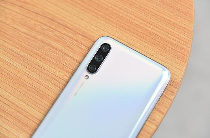 小米CC9e相机专项评测:这可能是1500元内最好的照相手机