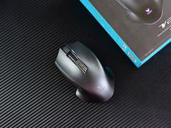 暢玩無線電競 雷柏V20 PRO雙模版游戲鼠標圖賞