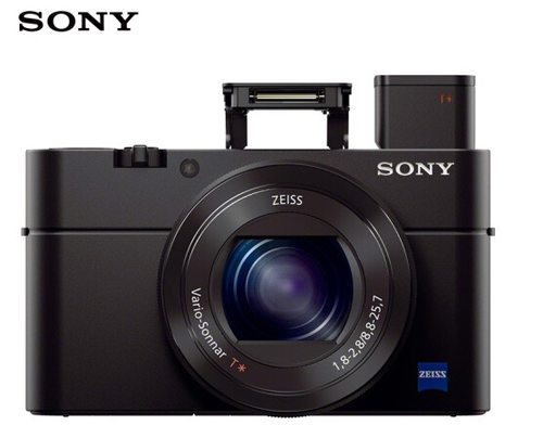 索尼黑卡RX10M4,高品质相机的更新换代