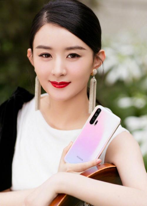 荣耀20PRO霸榜《中国电信2019终端洞察报告》手机通信性能综合第一名