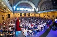华为阎力大清华演讲: 挑战世界级课题 共同架构智能世界未来
