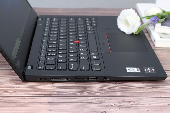 Ryzen 7 Pro 3700U加持 ThinkPad X395商用筆記本評測