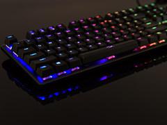 自主轴新作 HyperX Alloy Origins RGB机械键盘开箱