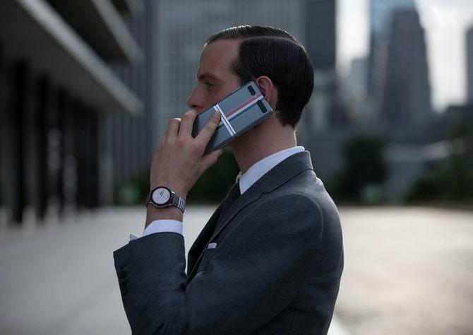 三星Galaxy Z Flip Thom Browne限量版线上发售正式收官