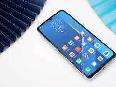 荣耀X10Max图赏:大屏幕与高颜值结合的娱乐手机