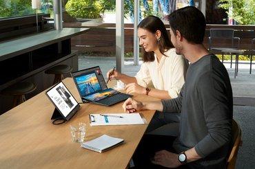改變人機交互邏輯 華碩雙屏筆記本成PC新趨勢
