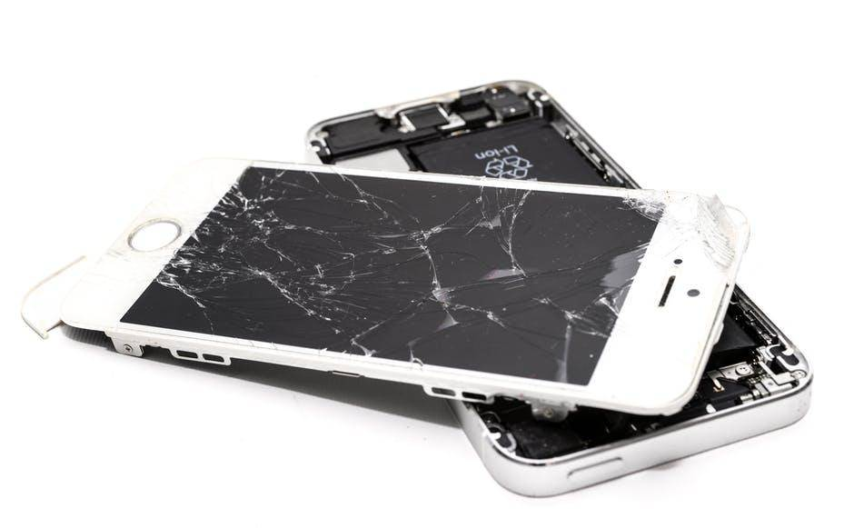 苹果再放大招!接受为更换了第三方电池的iPho
