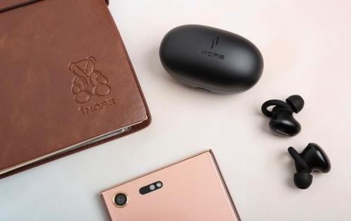 五款音质一流的蓝牙耳机推荐,颜值性能兼具,耳朵也要享受好音质