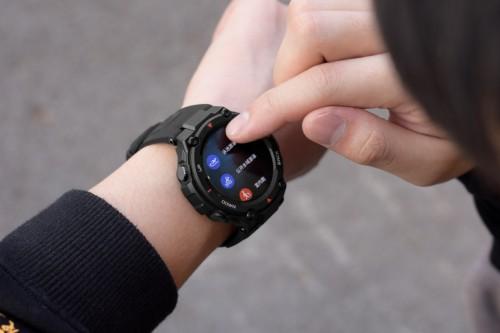 华为新手表 GT2e可连用两周,市场上户外+续航还有谁能一战?