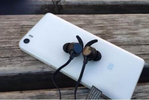 蓝牙耳机哪个品牌好?新手必须小心的四大坑